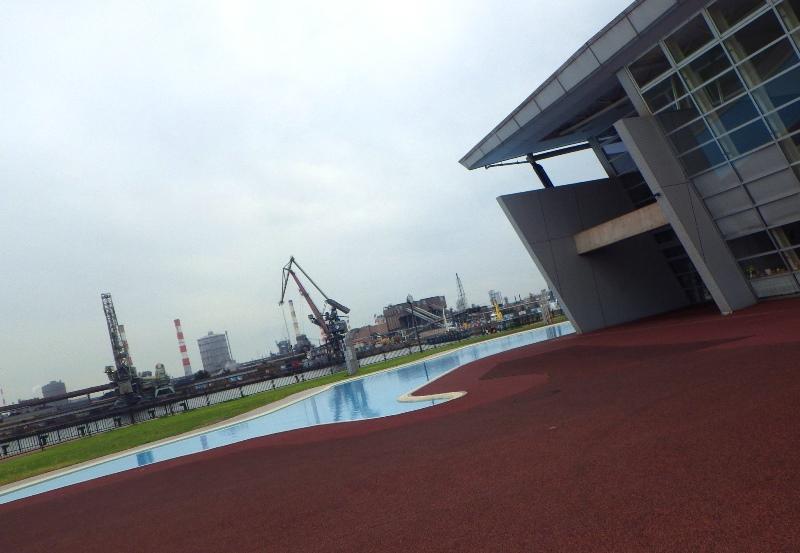 加古川海洋文化センター池