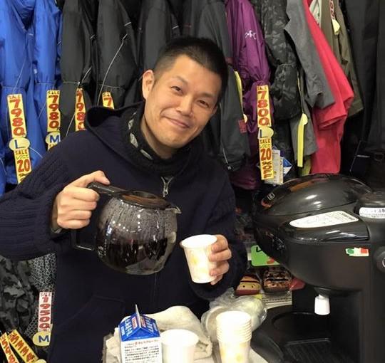 平岡店ではご来店のお客様にコーヒーサービスをしており、加古川店にはなんでないの?とよく言われておりまが…